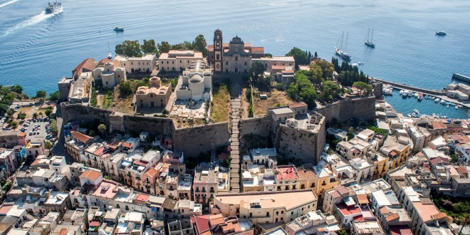 Center for Contemporary Art in the Archeological Park of the Aeolian Islands and the Aeolian International Exhibition – Travel steps for the arts and contemporary design – Lipari, Aeolian Islands