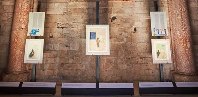 Ideazione e realizzazione allestimenti per il ciclo di mostre « Il potere dell'armonia – Federico II e il De Arte venandi cum avibus » nei castelli federiciani di Castel del Monte, Bari e Trani